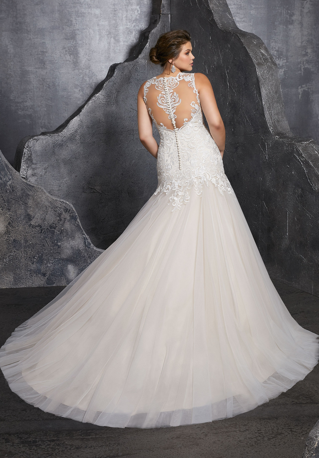 Plus-Size Wedding Dresses | San Antonio, Texas