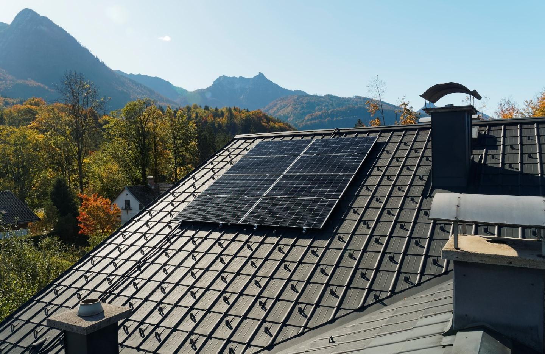 Photovoltaik Prefa Osten.jpg