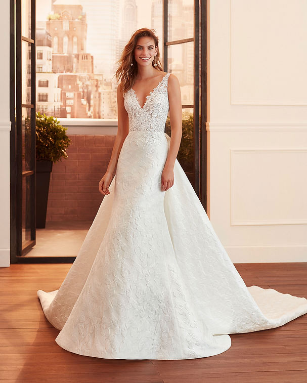 Luciana - Was £1700.00 Now £685.00