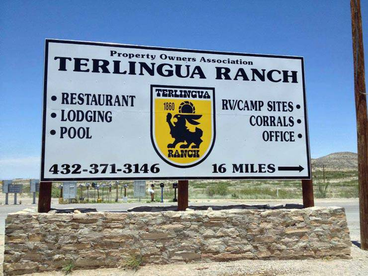 TR Ranch sign