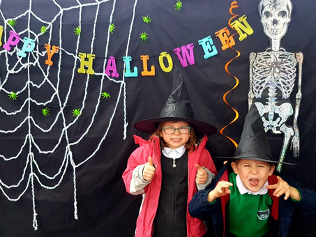 The Friends and Family of EPS host a fantastic Halloween Trail!