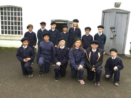 Year 6 visit Henley Fort