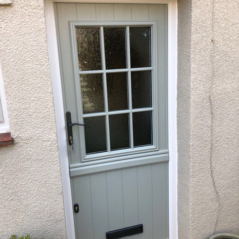 Traditional cottage/stable door