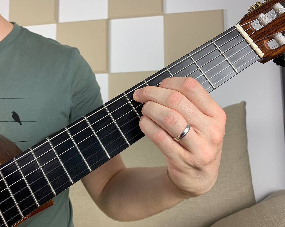 D dominant 7th chord, omit 5 voicing, tension 9