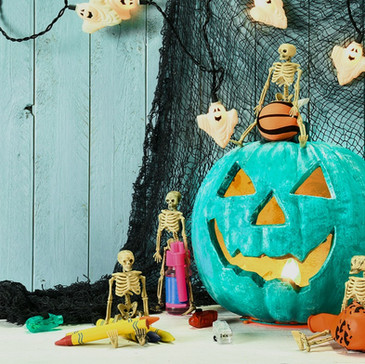 Trick or Treating with Allergies: What to Tell Your Kids