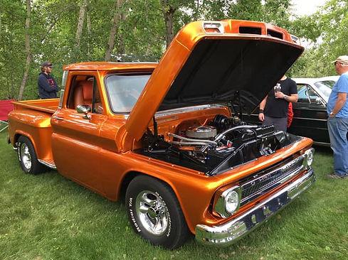 gold truck.jpg