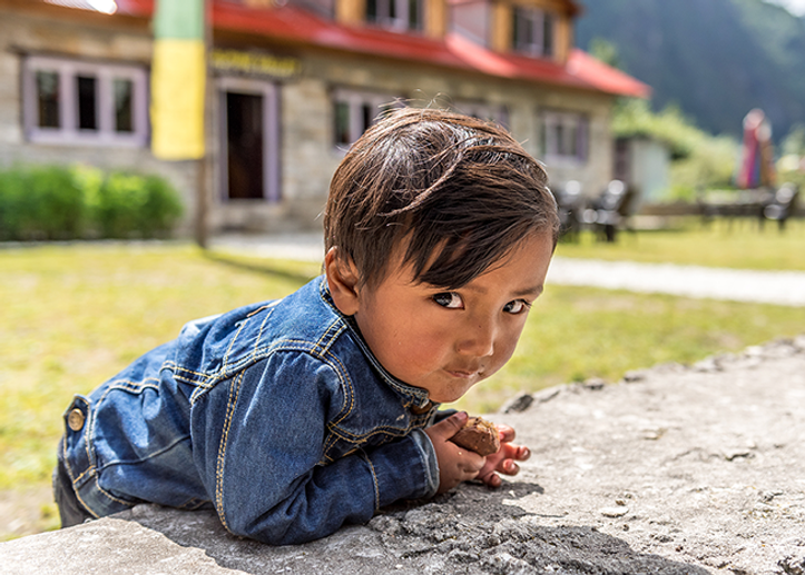 sherpa-boys-lukla-everest-region-nepal.png