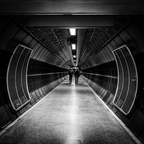 Metro - Daniel Olivier