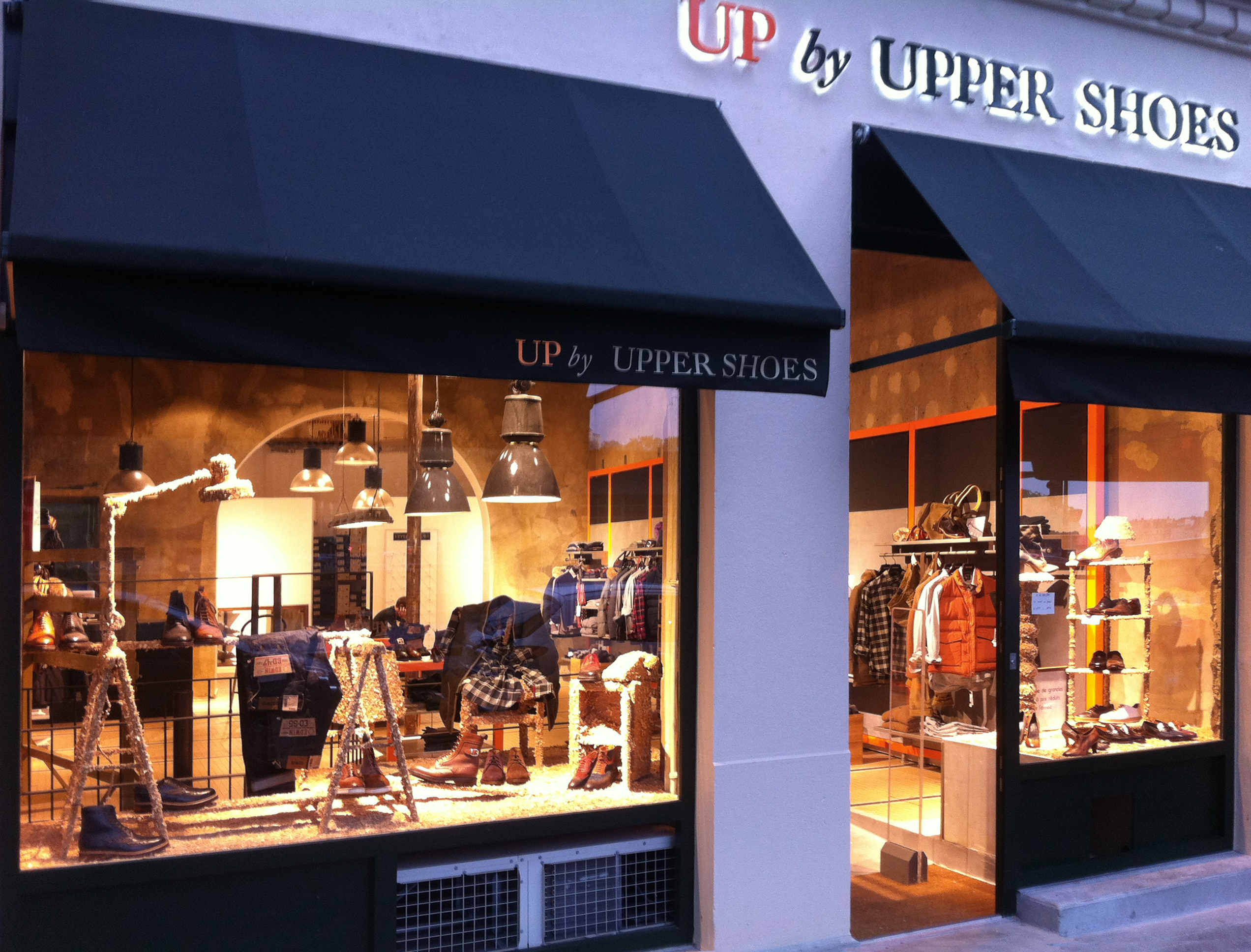 UP by UPPER SHOES