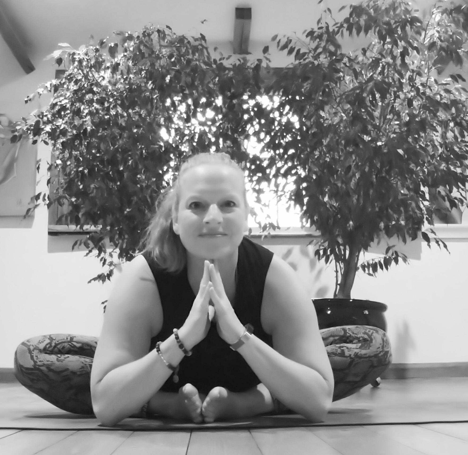 Wednesday evening yoga- Fairkytes