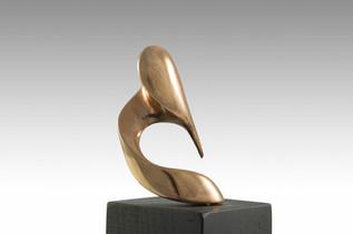 La Donna, 2013, Bronze, black marble 6 x 6 x 21 cm
