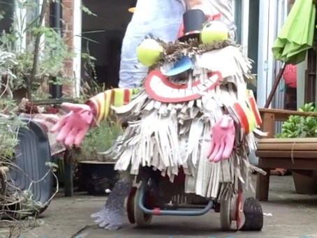 Wheelie Whitley: Klutzy Shopper
