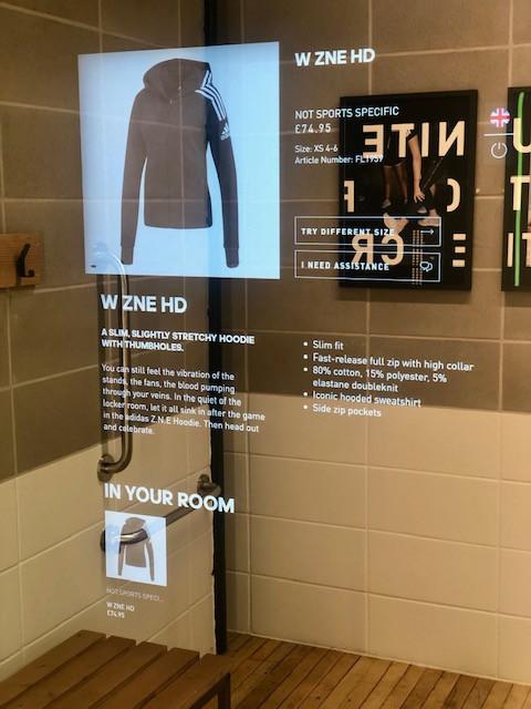 Les cabines virtuelles du flagship londonien de Adidas