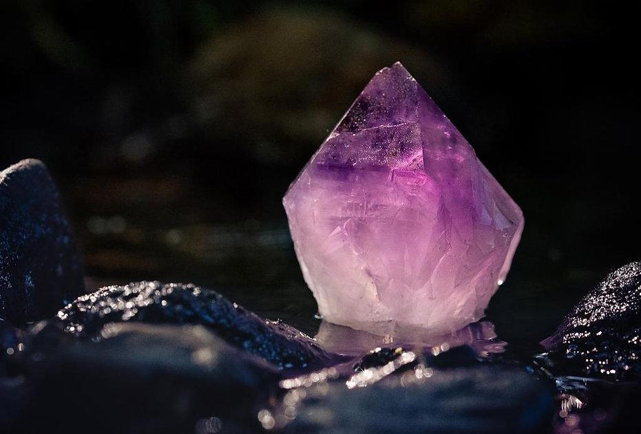 amythyst healing crystal