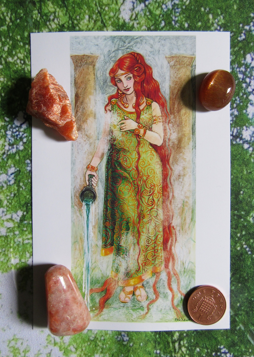 Goddess Sulis with sunstone. Art by Thalia Took.