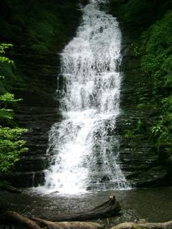 Water Breaks its Neck Waterfall