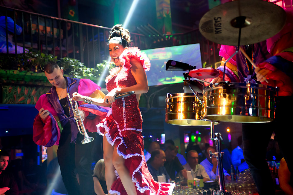 Salsa Mia Miami Tours Mojitos Salsa Lessons Dancing Live Music Shows Miami Beach Dinner Show Live Entertainment South Beach Nightlife Sip, Savor Salsa