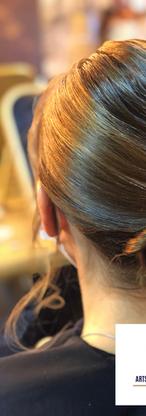 chignon de simple par Arts et conseils coiffure coiffeur à soumagne.png