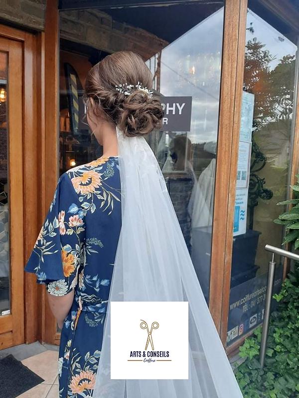 chignon de mariage par Arts et conseils coiffure coiffeur à soumagne (5).png