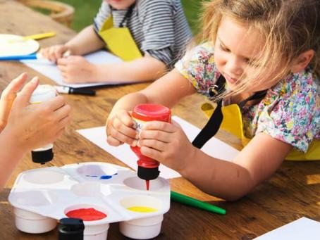 Entenda a importância da arte para as crianças