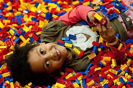 Lego em sala de aula: Como usá-lo de maneira divertida