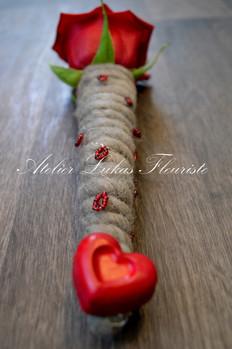 Amour - St-Valentin - Rose Rouge - Fleuriste