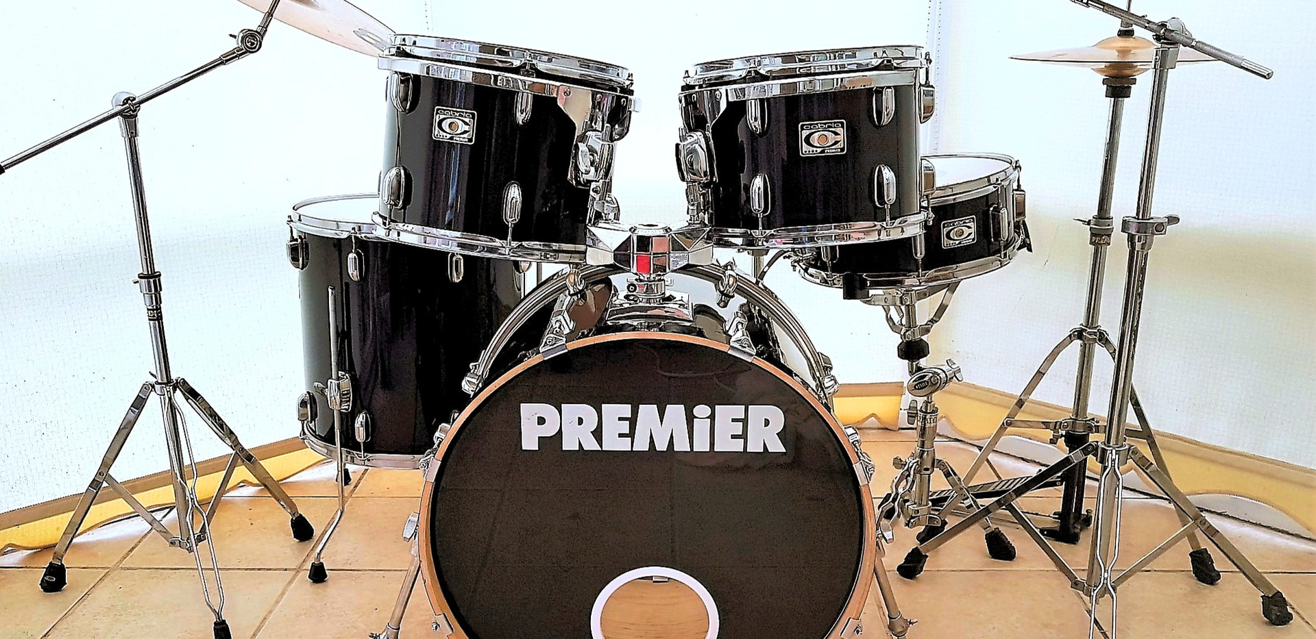Fully refurbished Premier Cabria Drum Kit