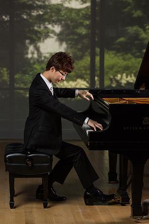Sung-Soo Cho 2 of 6.jpg
