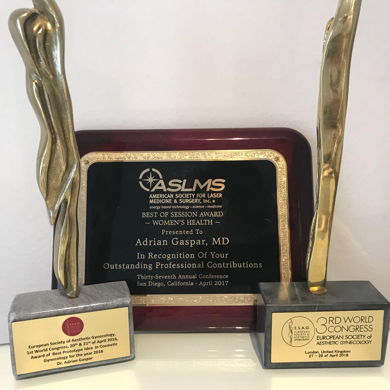 Tres años, tres premios