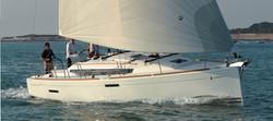 Jeanneau 409 sailing small.jpg