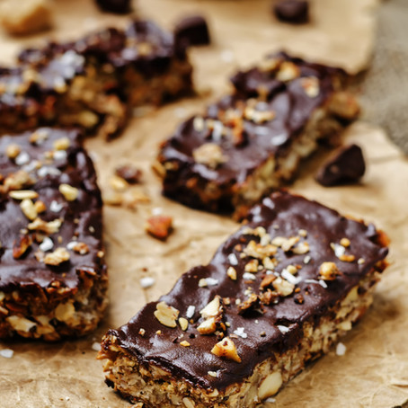 No-bake dark chocolate nut bars