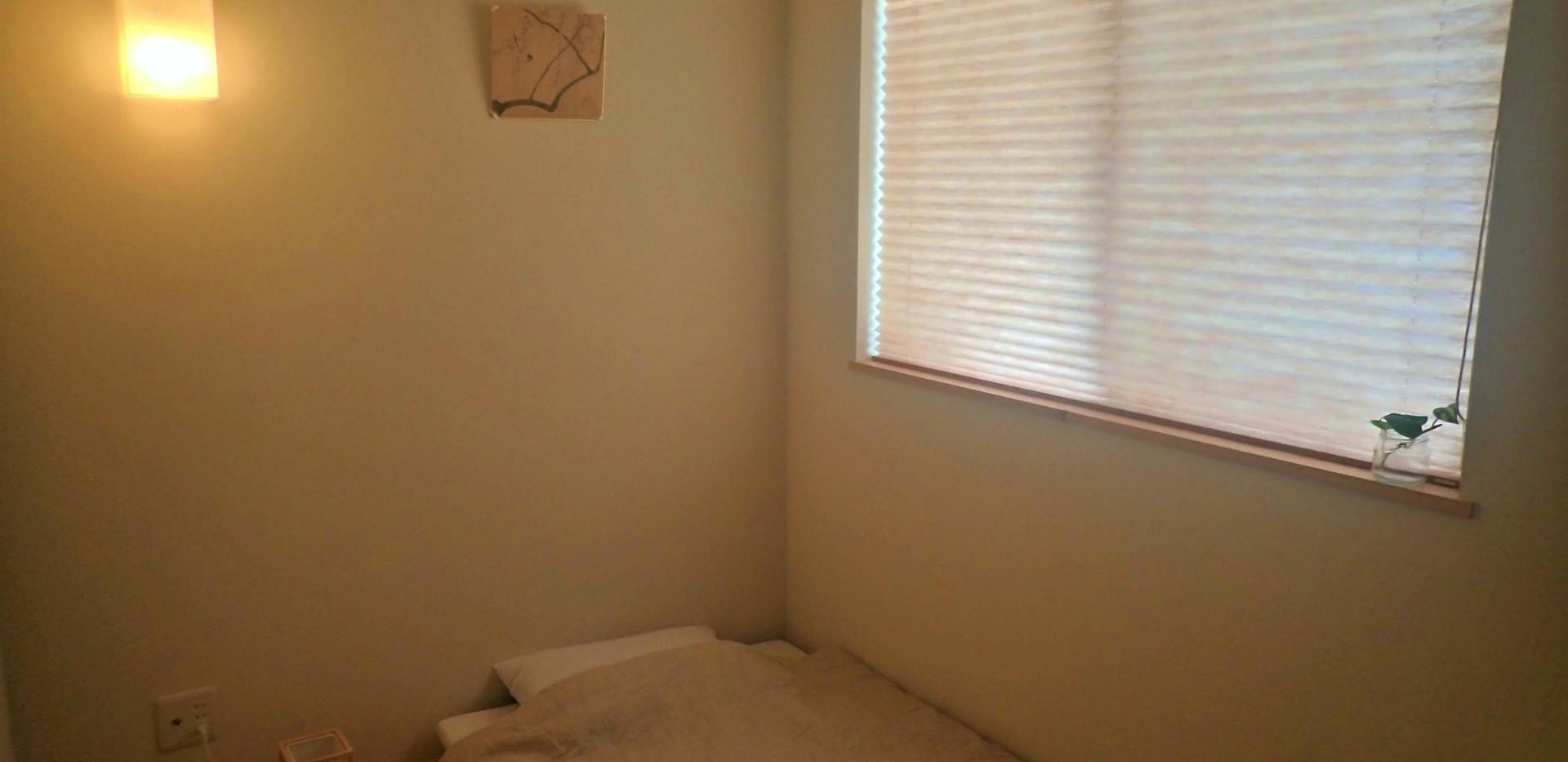 シングルルーム。3畳ほどのお部屋。4300円~ Single room (5.2 squre meter) 4300yen~
