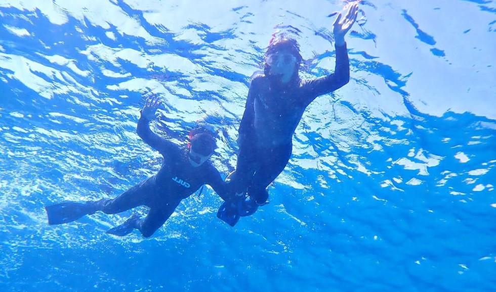 クリスタルな海の中。 Crystal water