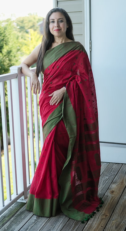 Khadi Soft Cotton Saree in Red and Green