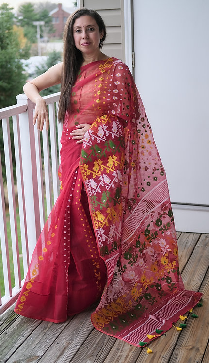 Jamdani Saree with Starch in Red