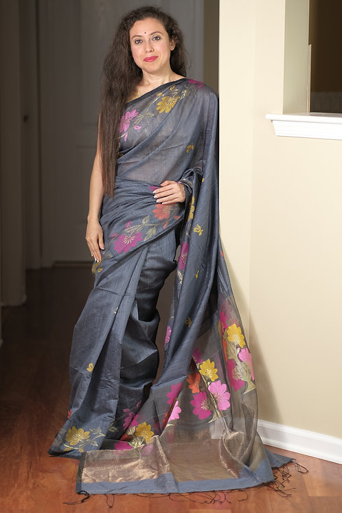 Pure Matka Cotton Silk Jamdani Saree in Gray