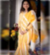 Bengal Looms Diva ❤️: Arti looking absol
