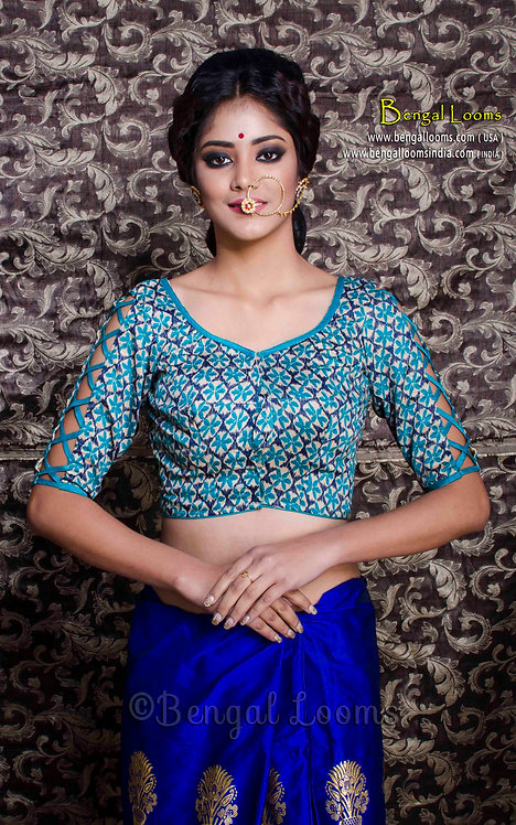 Ikkat Printed Saree Blouse in Turquoise, Size 32