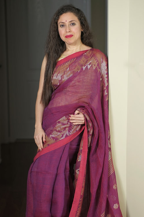 Pure Linen Jamdani Saree in Magenta and Antique Gold