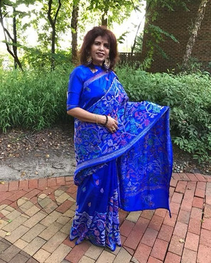 Bengal Looms Client Diaries: Reena di looking absolutely fabulous in her Blue Hand Stitched Kantha Saree from Bengal Looms.