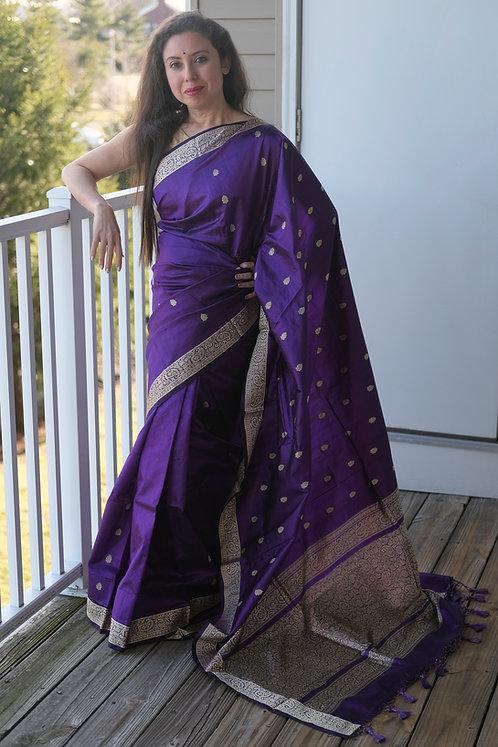 Pure Banarasi Silk Saree with Resham Border and Pallu in Purple
