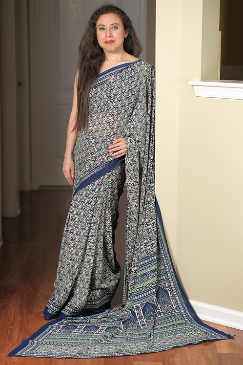 Printed Georgette Saree Off White, Blue and Green