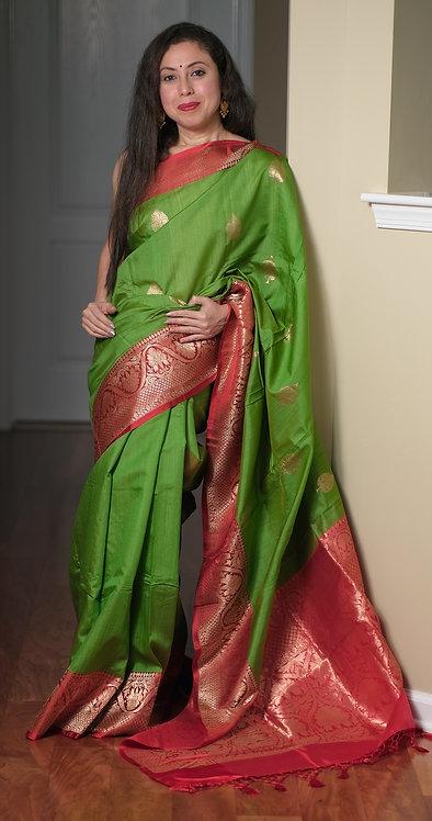 Tussar Banarasi Saree in Parrot Green and Red