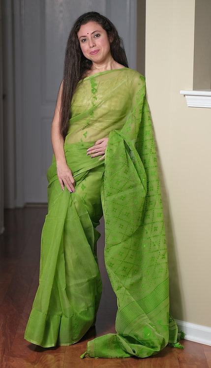 Jamdani Saree with Starch in Green