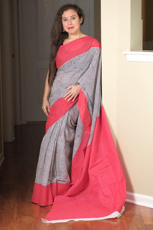 Soft Mulmul Cotton Saree in Black, White and Red