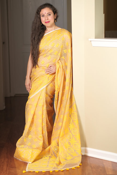 Soft Jamdani Saree in Beige and Yellow