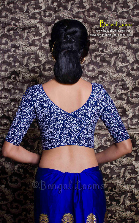 Floral Printed Designer Saree Blouse in Blue and White, Size 34