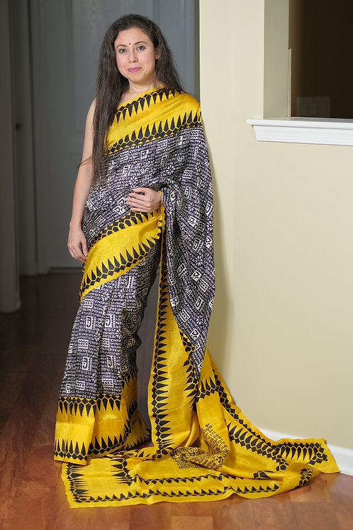 Scripted Printed Pure Silk Saree in Black and Yellow
