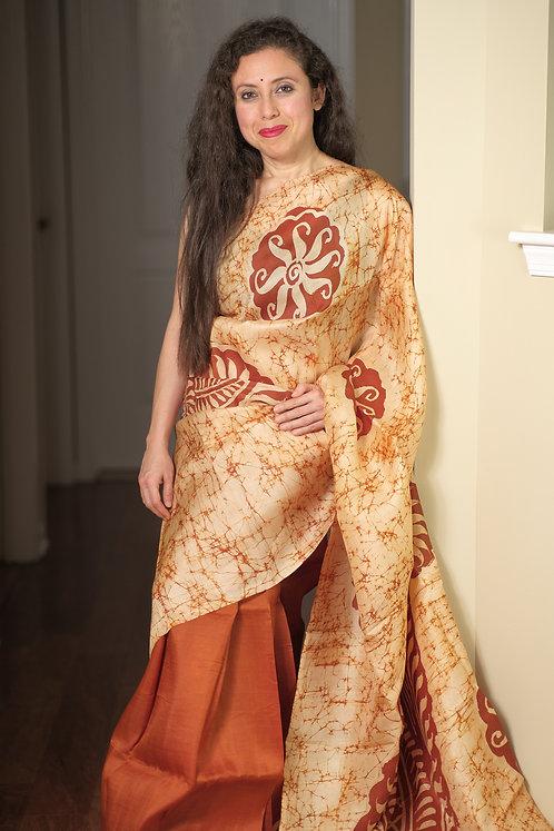Hand Batik Bishnupur Pure Silk Saree in Cream and Brown