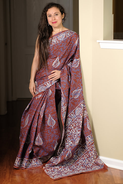 Printed Cotton Saree with Starch in Brown, Blue and White
